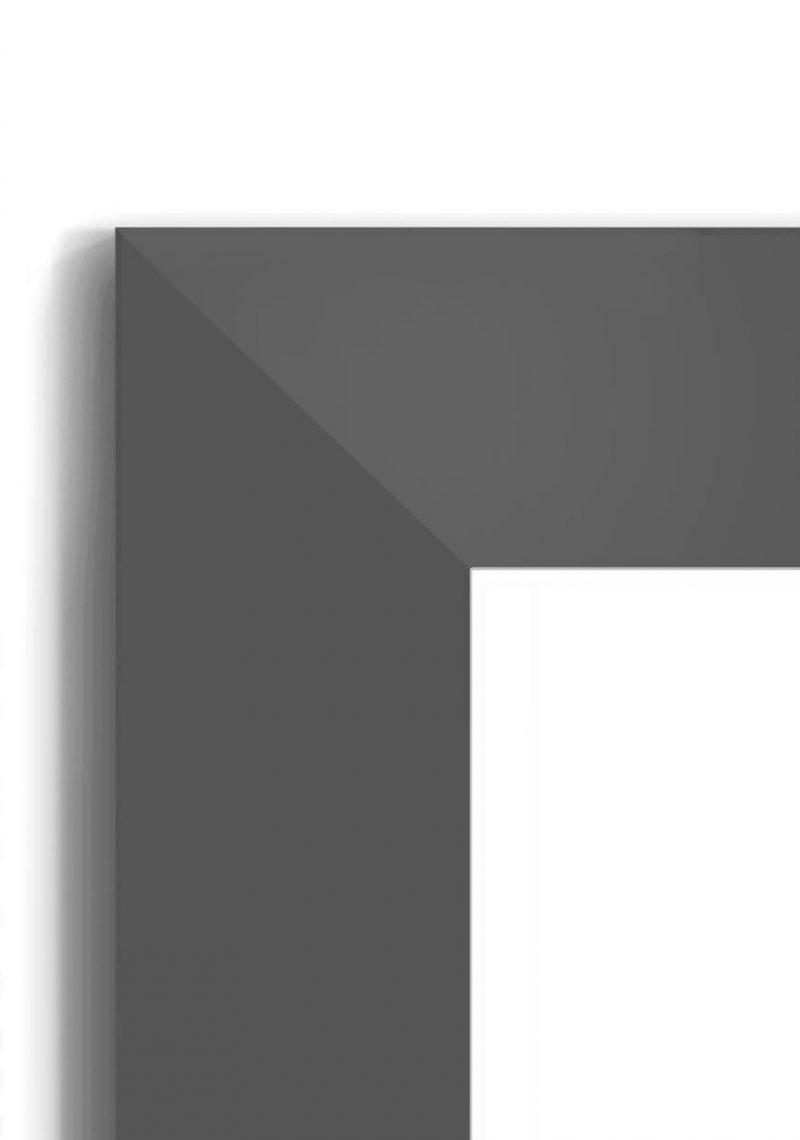 Matt Black 4020 - #B660 - black picture frame - Closeup View