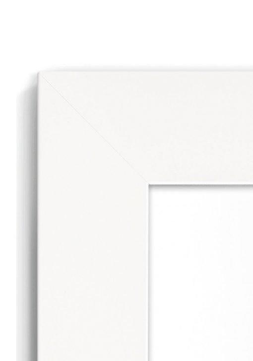 Matt White 4020 - #W660 - white picture frame - Closeup View