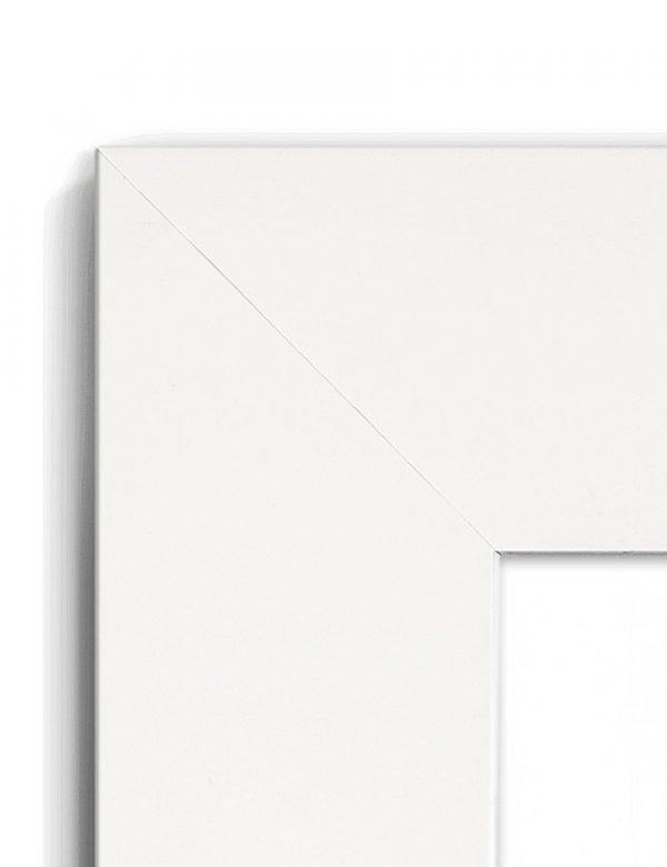 Matt White - #W987 - white picture frame - Closeup View