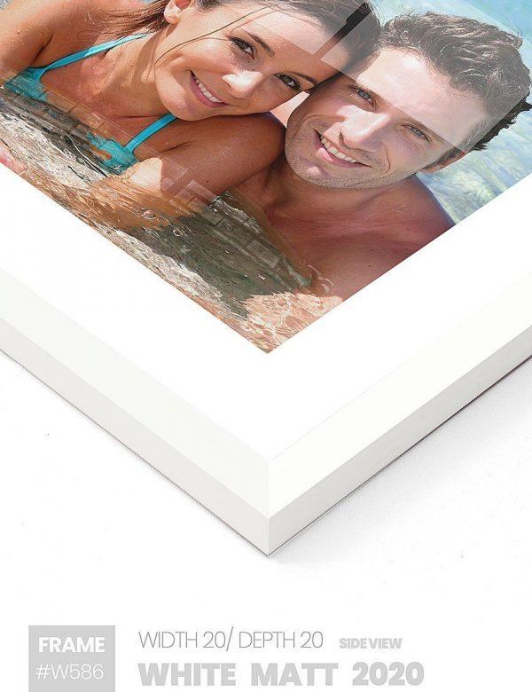 Matt White 2020 - #W620 - white picture frame - Side View