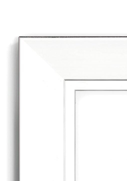 Pajero Silver Wide - #VW75 - white picture frame - Closeup View